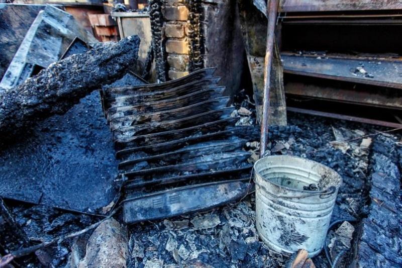 Тела 3-х взрослых иребенка найдены при тушении пожара вЯкутии