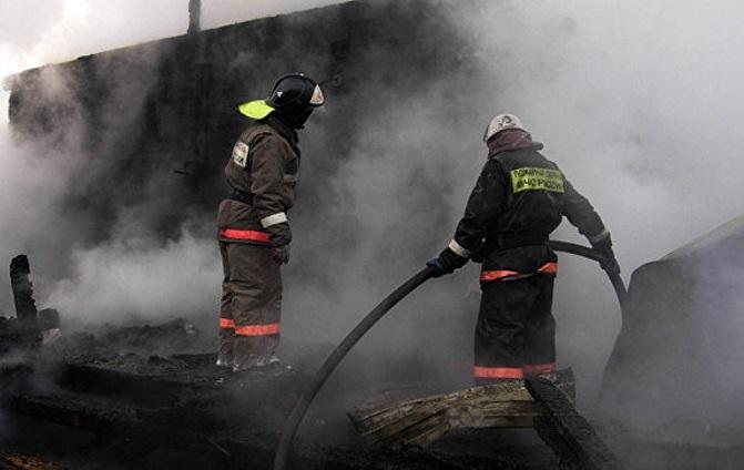 ВЯкутске впожаре погибли женщина иребенок