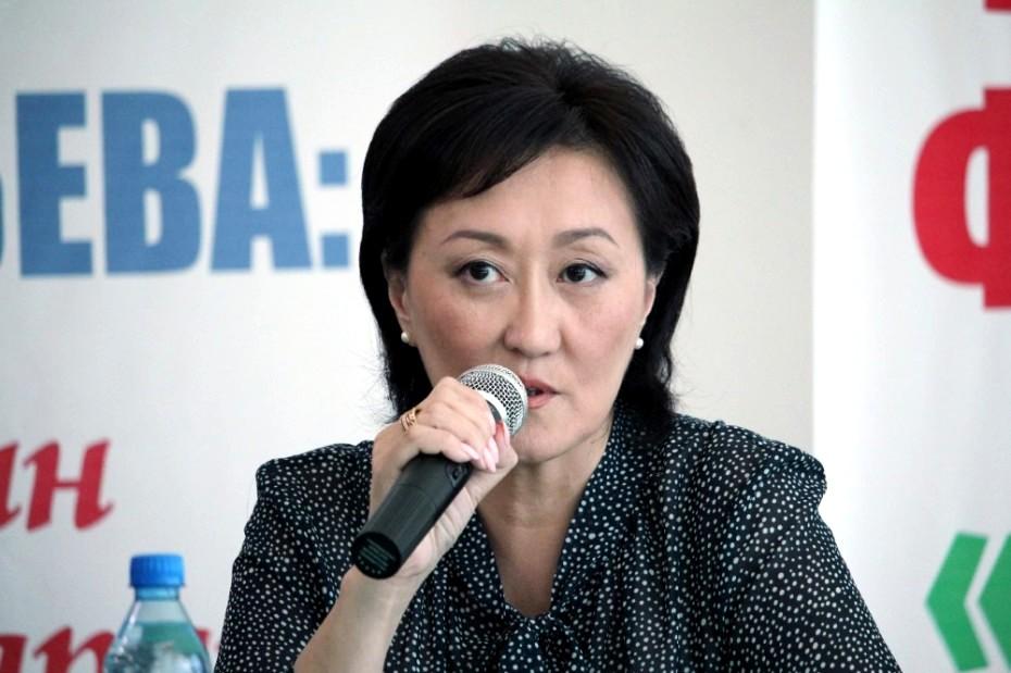 Сардана Авксентьева опровергла информацию о своем вступлении в «Единую Россию»