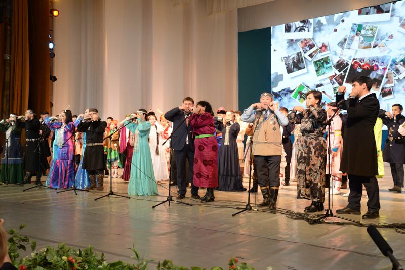 Хомусом едины: В Якутске состоялся концерт, посвященный бренду Якутии