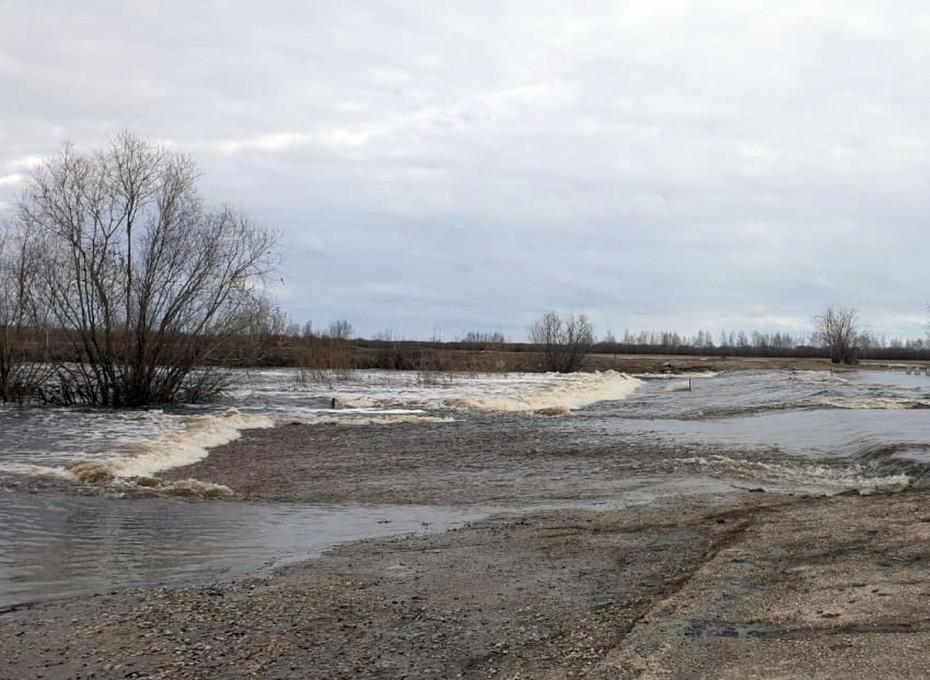 Окрестности Якутска подтапливает, уровень воды выше критического