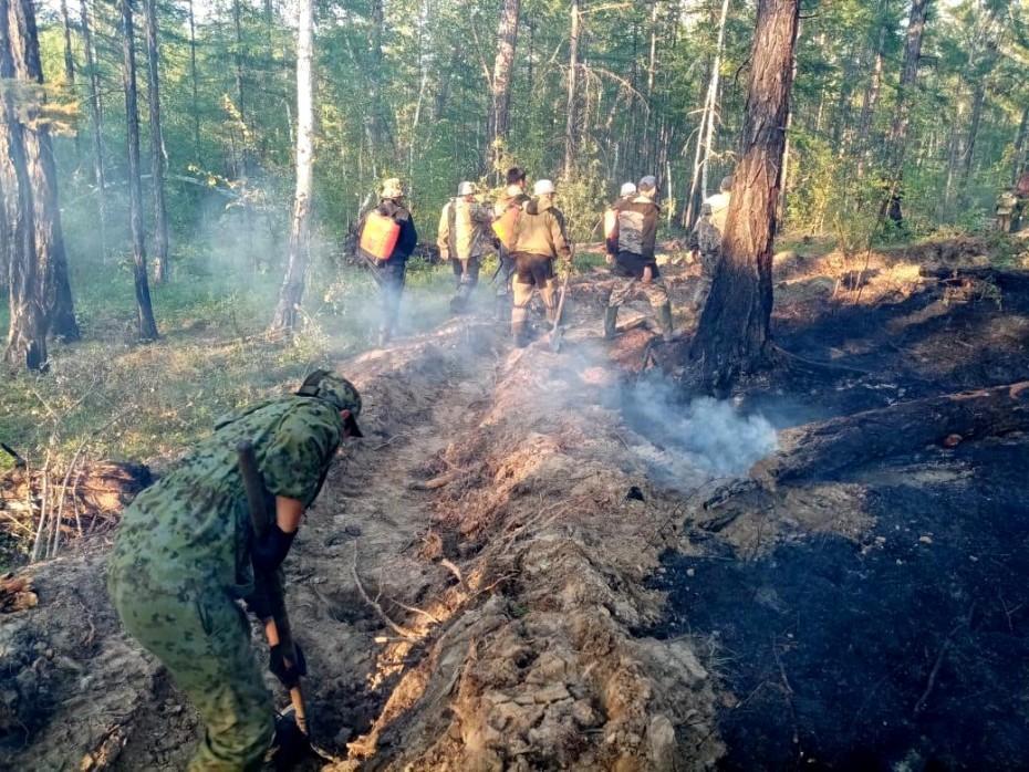 На территории Якутии действует 52 природных пожара