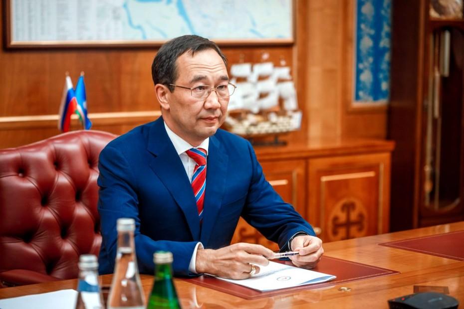 Отмена прямых выборов мэра, полная федерализация: Что стоит за поправками в Конституцию Якутии