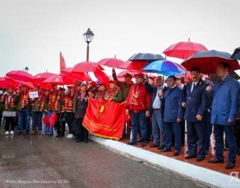 Агитпоезд «Комсомольской правды» торжественно встретили в Нижнем Бестяхе