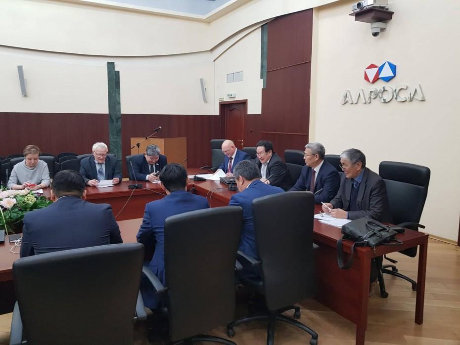 Своего бензина не будет: Высший инженерный совет Якутии посчитал производство синтетического топлива нецелесообразным